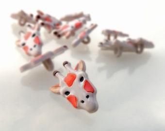 Giraffe Head Buttons by Buttons Galore