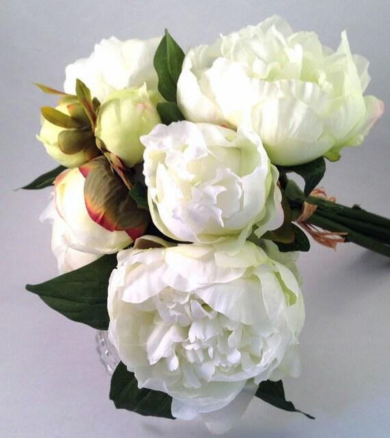 bouquet de pivoine blanche avec raphia pivoine 7 tiges de. Black Bedroom Furniture Sets. Home Design Ideas