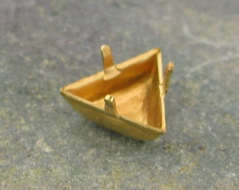 Brass Triangle 8mm Prong Setting no Ring Charm 1469 - 12 Pieces