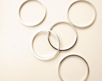 10 pieces of vintage brass circle ring 29 x1x 2.5 mm plated in steel color
