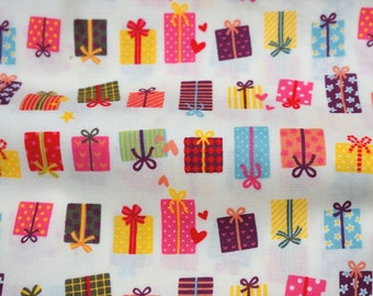 ON SALE 1 meter Japanese fabric Gift print  (n341)