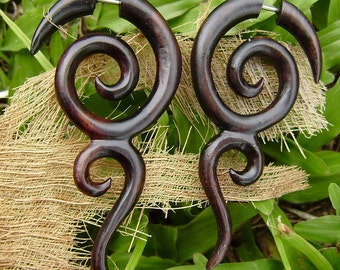 Fake Gauges Earrings Tribal Expander Split organic hand carved fake piercings wood earrings,natural