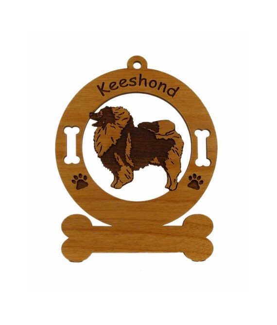 3436 Keeshond Standing Personalized Wood Ornament