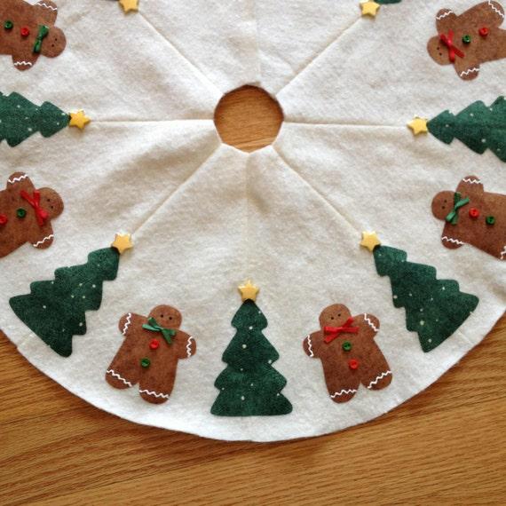 Gingerbread Man Tree Skirt 63
