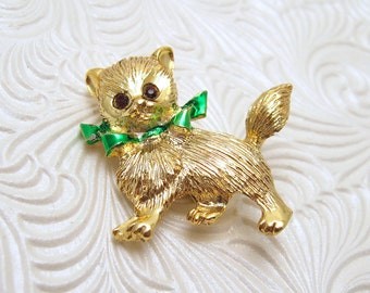 Vintage Cat Brooch Christmas P5584