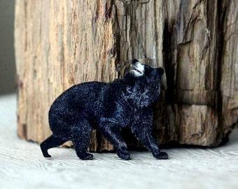 Black Bear Brooch  Woodland Animal Brooch  North American Wildlife Series