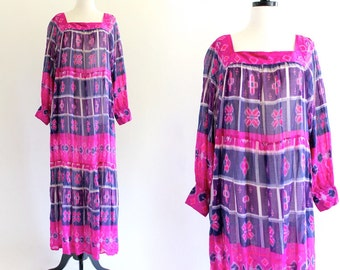 70s Vintage Rare Sandy Starkman Saks India Aztec Tribal  Tent Cotton Boho Hippie Indian Ethnic Festival Maxi Dress . SML . No.438.7.12.13