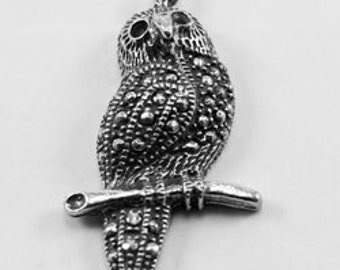 Marc. Owl   with bail  Australian Pewter B69