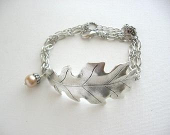Oak Leaf Bracelet, Leaf Bracelet, Leaf Jewelry, Oak Jewelry, Acorn Jewelry, Antique Bracelet, Cuff Bracelet, Woodland, Chain Bracelet
