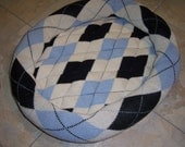 SALE - Argyle Sweater Pet Bed