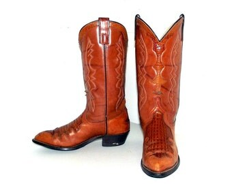 Amazing Vintage Texas brand cowboy boots size 9.5 D or cowgirl size 11