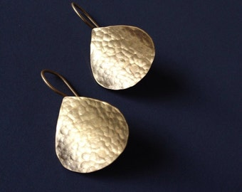 Yellow Gold Organic Curved Textured Teardrop Earrings