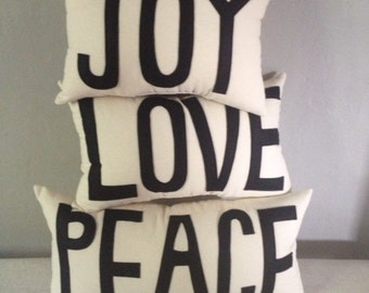 Peace Love and Joy Pillow Set