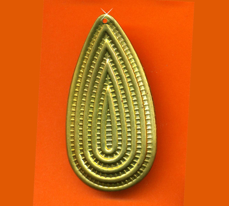 vintage huge rare brass art deco cactus pendant by revivaljewels. Black Bedroom Furniture Sets. Home Design Ideas