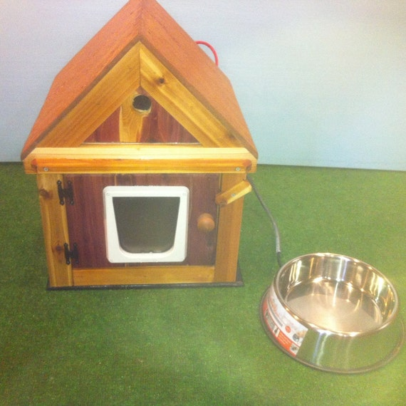 HEATED outdoor CAT HOUSE/heated bowl, bed, shelter