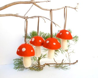 Waldorf Ornaments Toadstool Decorations 4 woodland tree handmade nature white Hanging Aice in Wonderland magical fun red white