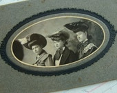 Antique Edwardian Cabinet Photo The Victorian Haute Sisters/Ladies  in Gorgeous Hats
