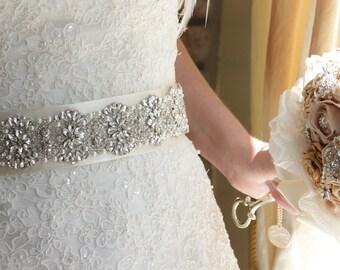 "24"" Crystal bridal Sash, Wedding Sash belt, Jeweled Wedding Gown belt , Rhinestone Sash, Bridal Accessories"