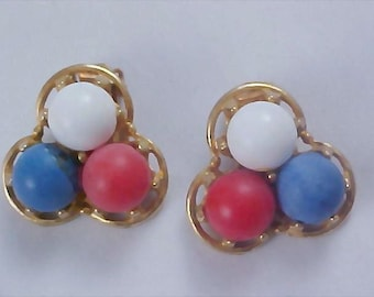 PATRIOTIC Red - White - Blue 1950's Lucite & Gold Plate Clip Earrings