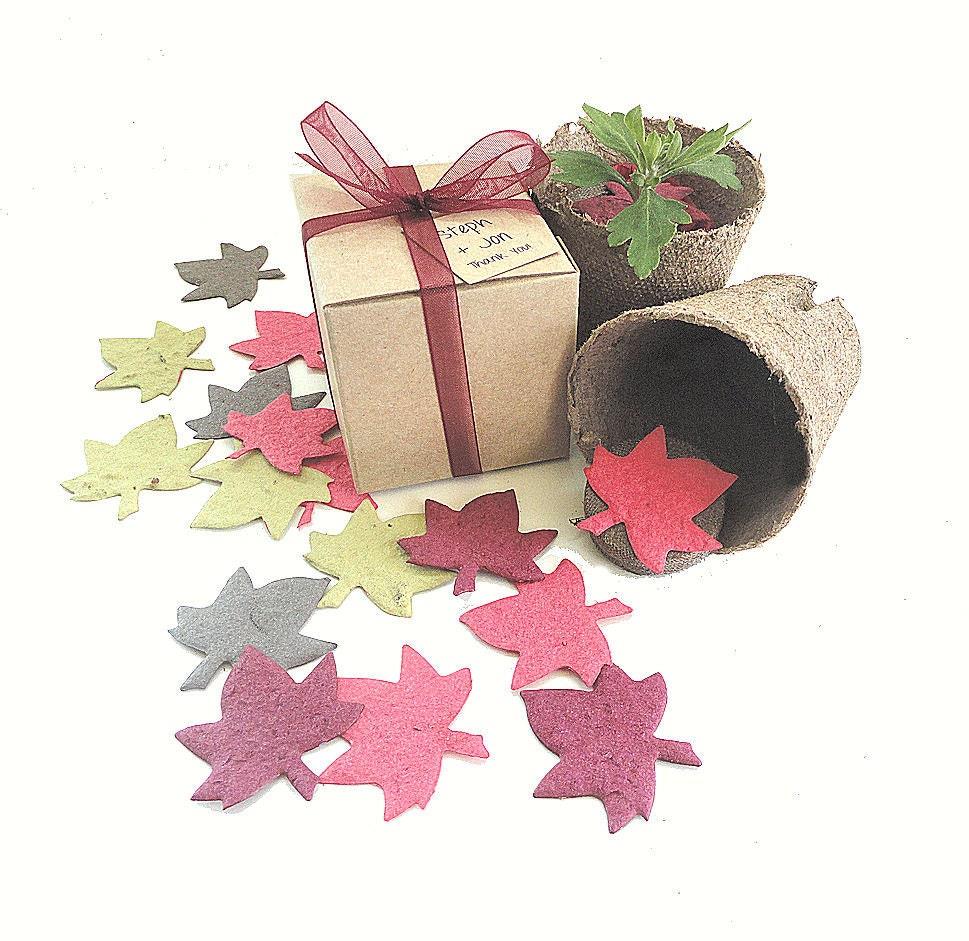 Fall Wedding Ideas Table Decorations: Fall Leaf Seed Paper DIY Wedding Favors Table Decorations