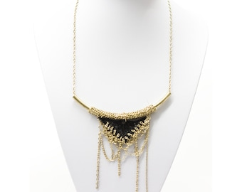 Lace necklace - Dripping triangle - Black lace with gold or silver