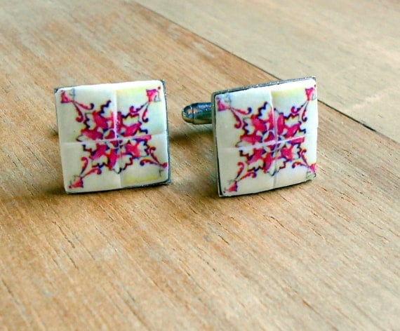 Portugal  Antique Azulejo Tile Replica CUFFLINKS from Albergaria-a-Velha (see facade photo) since 1117 - PINK 17mm