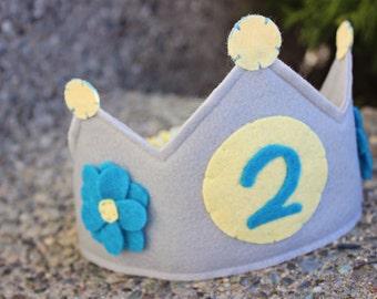 Gray and Yellow Circle Your Age Birthday Crown