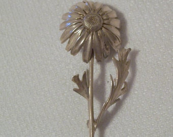Vintage Sterling Silver Flower Brooch or Pin