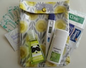 Medium Ouch Pouch Clear Pocket Organizer for Baby Shower First Aid Purse Junk Diaper Bag  (5x7 Organic Lemon Drops Fabric) Mommy Gear