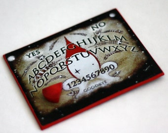 Mini Poppet Ouija Board and Planchette - Lisa Snellings
