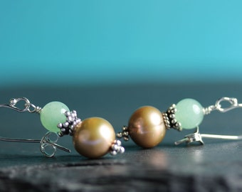 Pearl Earrings with BC Jade, Tan colored Pearl, Sterling French hooks, Dangle Earrings, Free shipping in Canada, everyday earrings, pearl