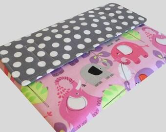 MacBook Air Sleeve, MacBook Air Case, MacBook Air 11 Inch Sleeve, MacBook Air 11 Case, MacBook Air Cover Polka Dot Elephants
