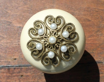 Ceramic Drawer Knobs in Cream with Metal Top and Pearls (CK21 C)