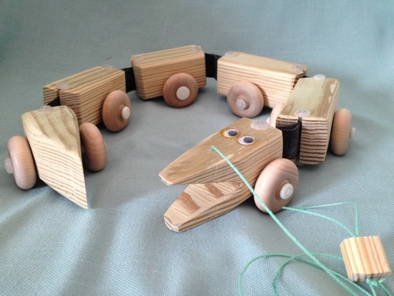 Toys Are Us Wooden Toys : Wooden alligator handcrafted toys pull