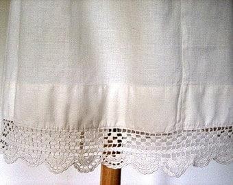 Skirt Very Vintage Antique Hippi Boho White Cotton Wide Hand Crocheted Lace Hem