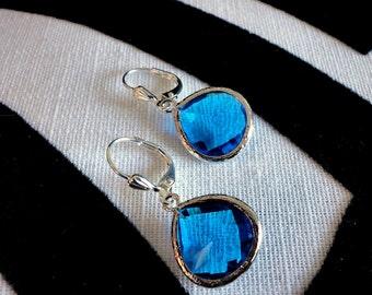 Unique Shape Bezel Setting Faceted Sapphire Glass Silver Pierced Earrings