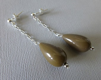 Milk Chocolate Brown Vintage Lucite Bead and Silver Drop Earrings