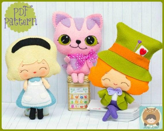 personnages en feutrine alice in wonderland disney petite poupée cute doll