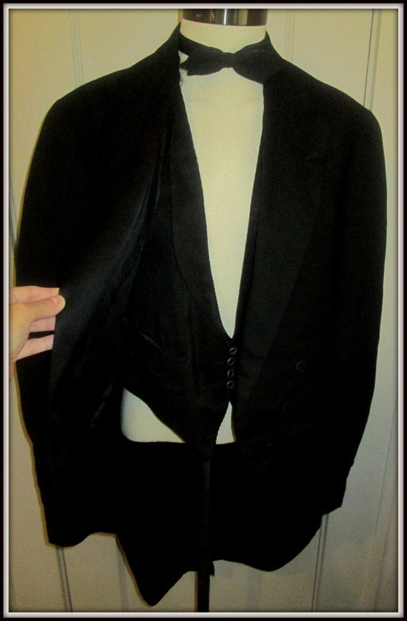 Vintage 1920s mens tuxedo tailcoat suit gatsby era 4 piece for Custom tailored shirts chicago