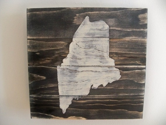 Love Maine Wooden Wall Art Hanging
