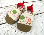 Classic Oxford Vegan Little Red Riding Hood / Non-Slip Soft Sole Shoes / Made to Order / Babies Toddlers