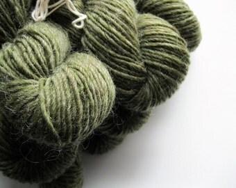 Green Mountain Spinnery yarn - Mountain Mohair - Moss - worsted weight knitting wool - 140 yards - yarn shop