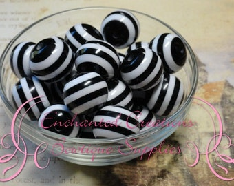 20mm Black and White Striped Beads Qty 10