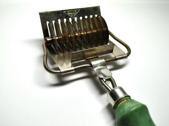 Vintage Noodle Cutter 1930s Pasta Maker Green Handle Made In