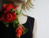 Carmine red Rose Flowers Bouquet with Leaves Felted Necklace