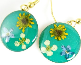 SALE!  Sunflower on Green Earrings, Real Flower Earrings Pressed Flower Jewelry, Resin (1375)