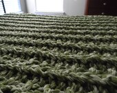 "Super Sale - 84"" x 60"" Giant Super Chunky Knit Blanket - Twin size - Ready to ship - Tea Leaf and Soft White"
