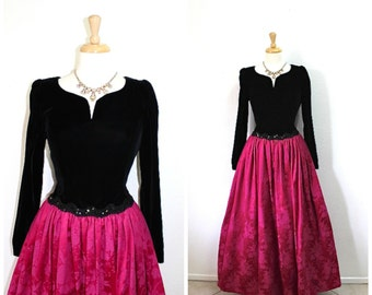 Vintage 80's dress Black Velvet Sweetheart Burgundy Floral Brocade full skirt, Sequin Cocktail party dress