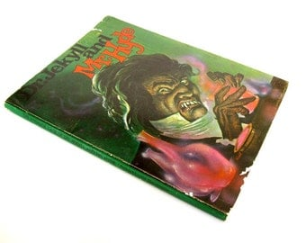 Dr. Jekyll and Mr. Hyde by Robert Louis Stevenson RARE Interlyth edition Illustrated by Jerry Contreras