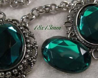 CZECH GLASS - 18x13mm Faceted Cabochon - Emerald - 3 pcs : sku 06.06.13.23 - S23